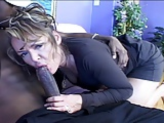 mutatnak nagy fekete fasz szuper forró pornó